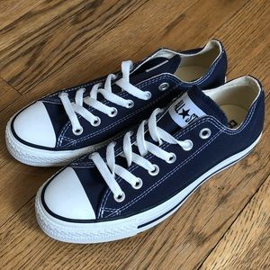 Converse All Star Ox in Navy. NWB